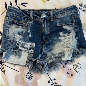 AEO mid rise shortie shorts